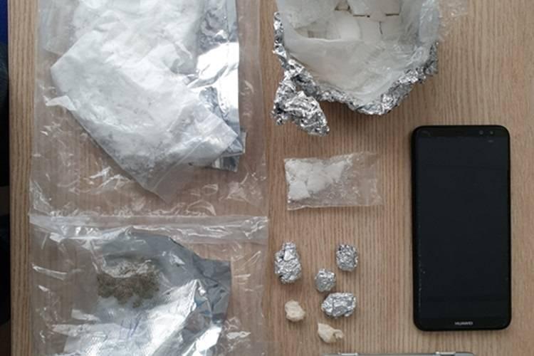 U Garčinu uhvaćen s drogom