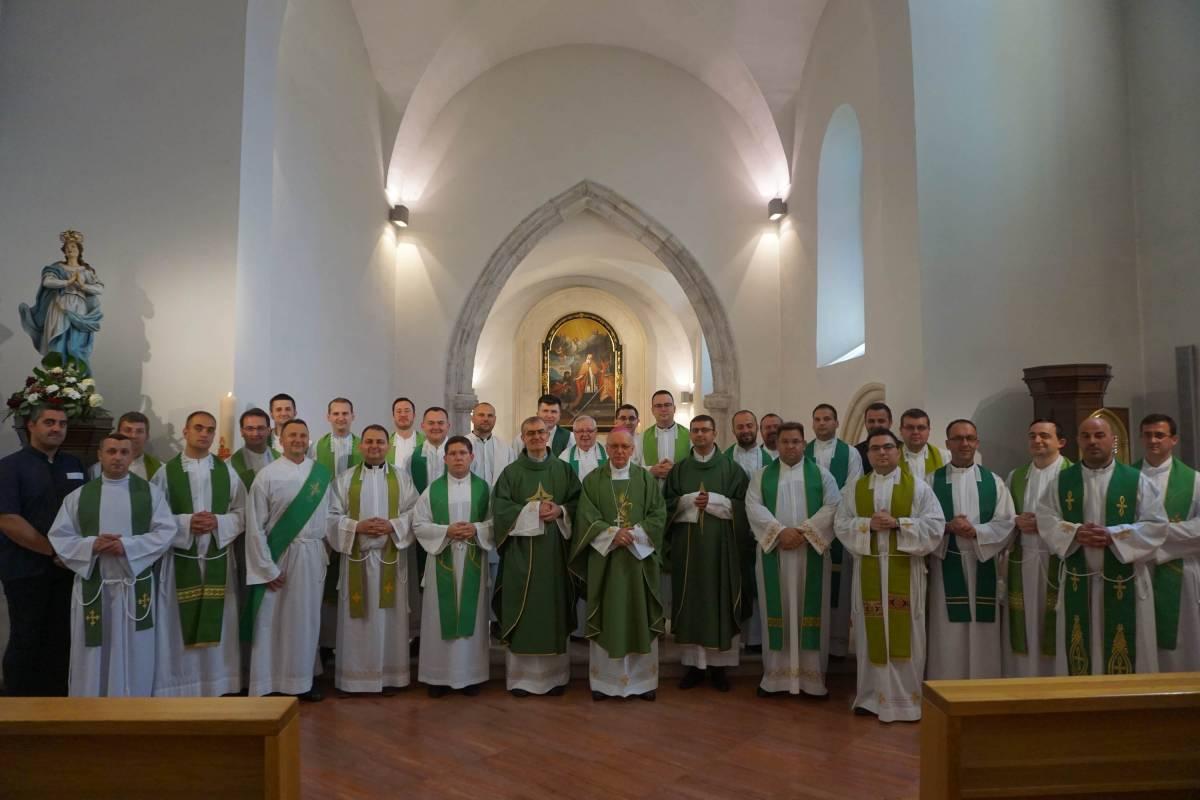 Duhovne vježbe za mlade svećenike Požeške biskupije u Velikoj