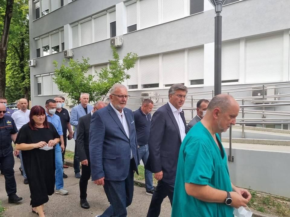 Plenković s ministrima stigao u Slavonski Brod