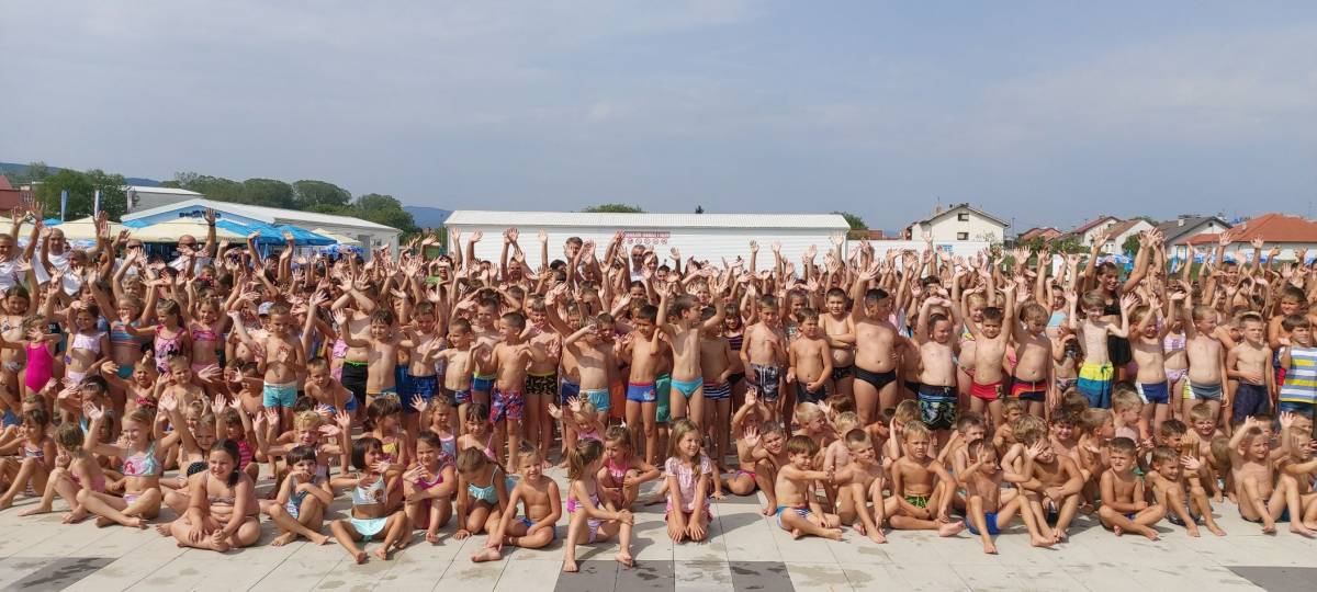 FOTOGALERIJA: Svečana dodjela diploma polaznicima Škole plivanja 2021.g.