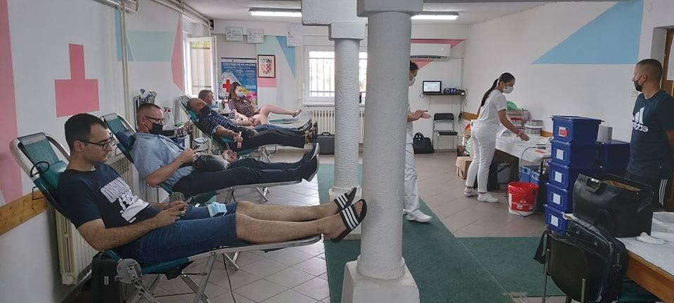 Crveni križ Požega: U tri dana krv je dalo 240 dobrovoljna darivatelja