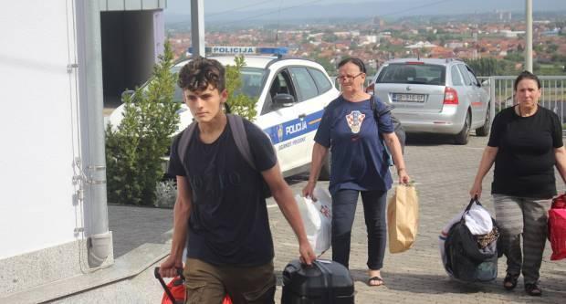 Autobus s unesrećenima krenuo za Osijek: Evo što nam je rekao jedan od sudionika prometne nesreće