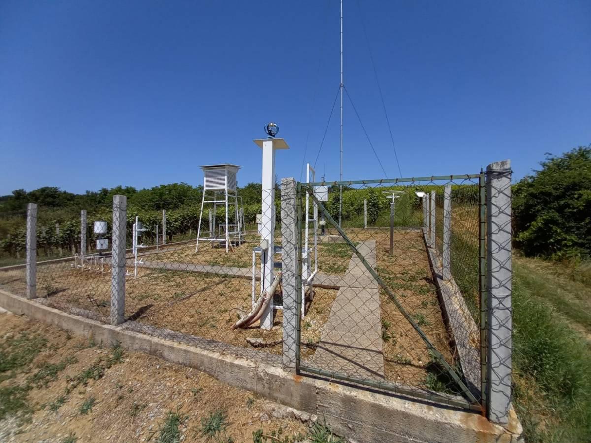 Najstarija kišomjerna postaja u Požeškoj kotlini utemeljena je u Kutjevu