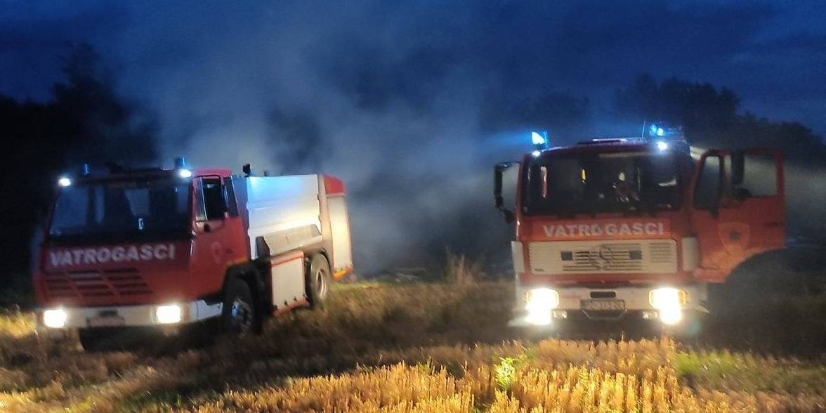 Požar na otvorenom prostoru kod Kaptola