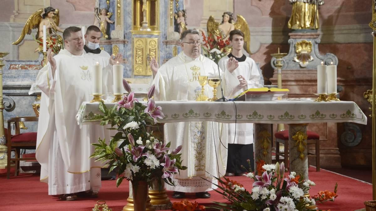 Porcijunkula u Slavonskom Brodu proslavljena misom i procesijom