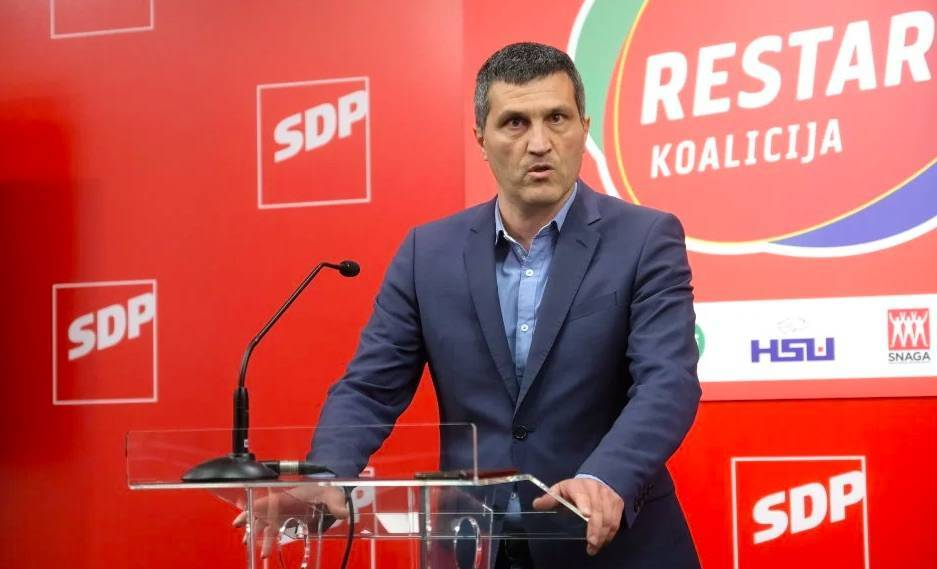 'Grbin ruši, laže, vuče luđačke poteze, tjera unutarnje neprijatelje, kukavica je... Bero? Fenomenalno je vodio SDP!'