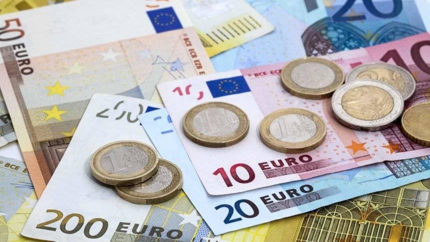 Euro stiže 2023. Evo hoće li zbog uvođenja eura rasti cijene?