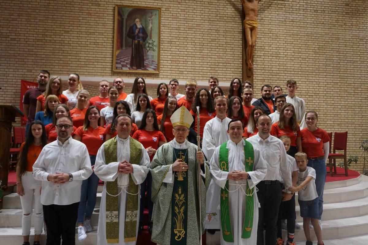 Obilježeno dvadeset i pet godina križara u Požegi