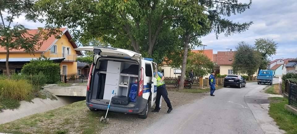 JEDNA OSOBA OZLIJEĐENA: Prometna nesreća između automobila i motocikla u Vidovcima