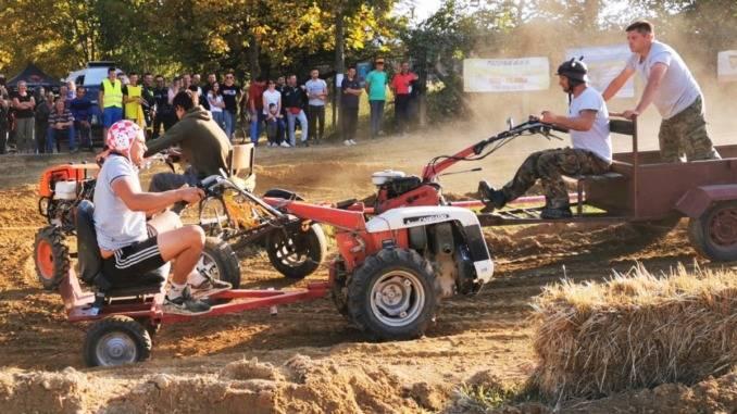 U nedjelju u Orahovici 14. Državna utrka motokultivatora i 3. Motocross vikend