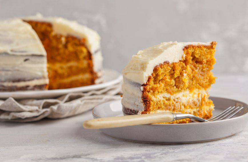 Kakvo bogatstvo aroma: Recept za kolač od bundeve s kremom od sira i vanilije