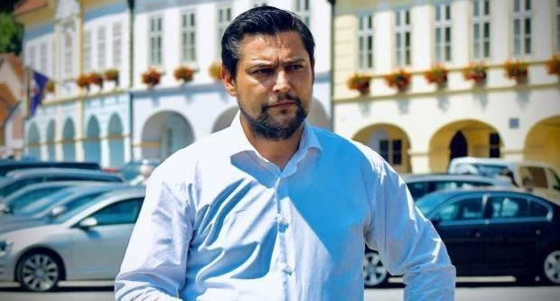 """""""Drugovi, zbogom!"""": Predsjednik SDP-a Požega Ivan Vlahović podnio ostavku"""