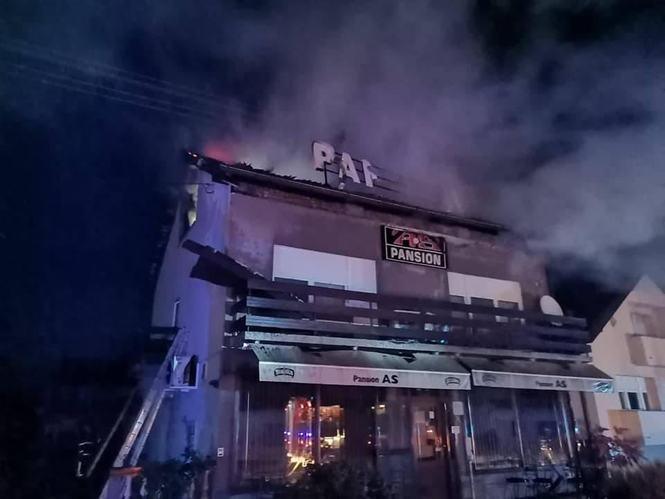 POŽAR U KAFIĆU: Policija iznijela sve detalje, požar gasili više od dva sata
