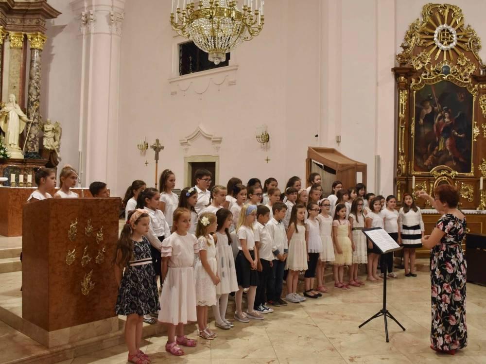 Antunovski koncert u požeškoj Katedrali