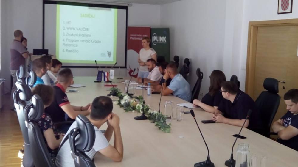 Održan okrugli stol sa poduzetnicima u Pleternici