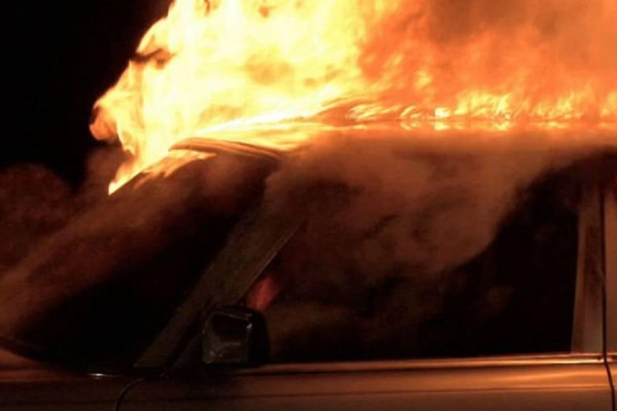 Izgorio osobni automobil