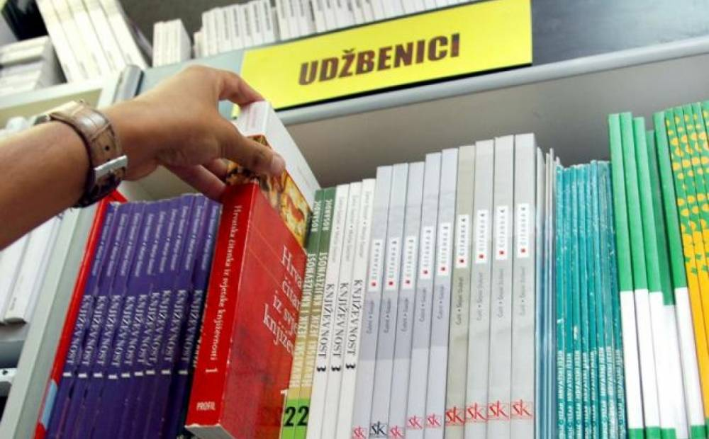 Otvoren javni poziv sa sufinanciranje udžbenika u Pleternici