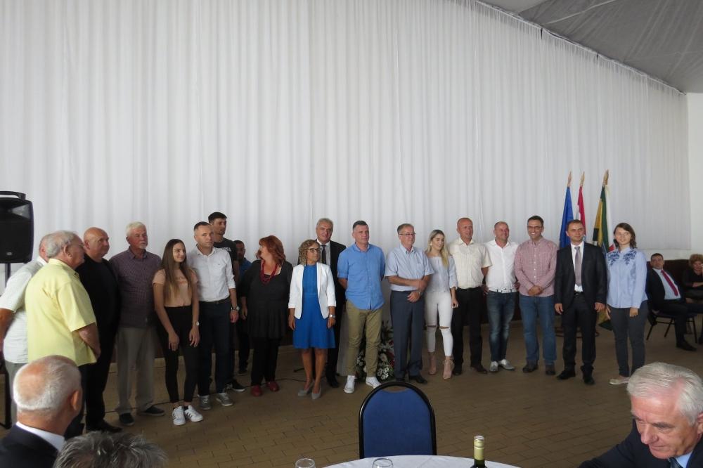 Općina Velika svečanom sjednicom, brojnim priznanjima, gostima i prijateljima obilježila 25. godišnjicu postojanja