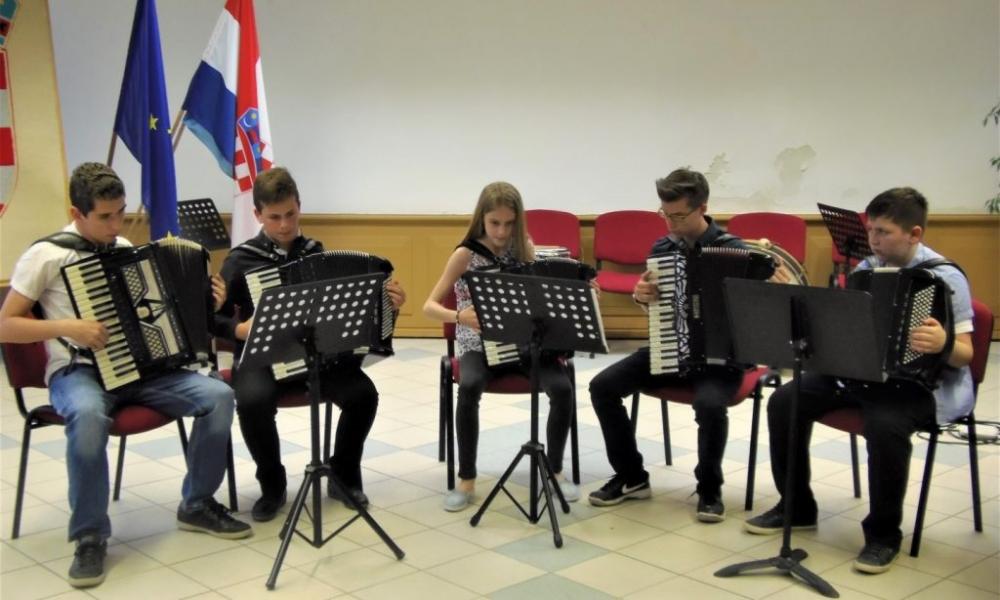 Osnovna glazbena škola: Za početak nastave glazbeni program