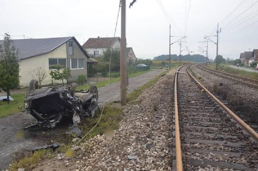 U naletu vlaka smrtno stradala jedna osoba