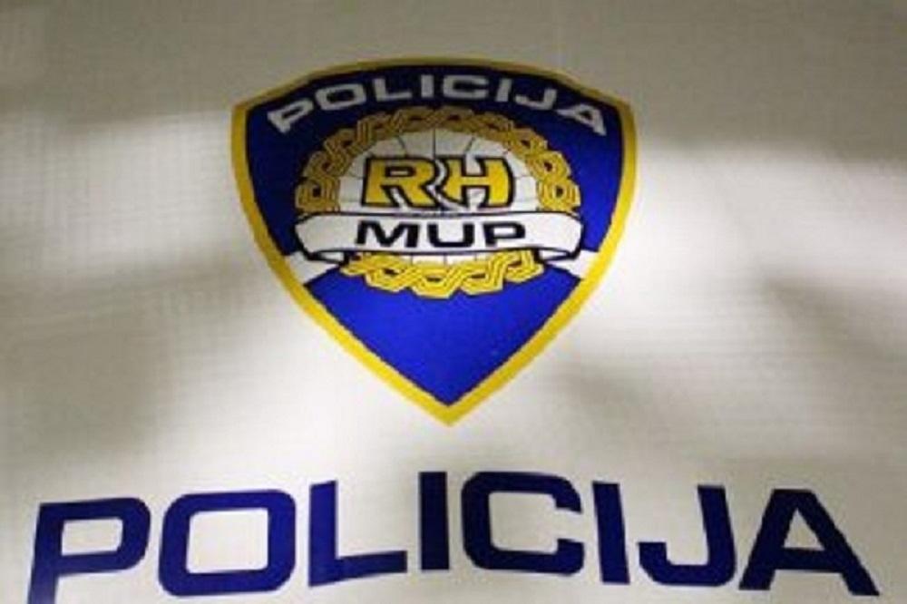 Izuzetno korektno postupanje policijskih djelatnika! Policajka NIJE opalila šamar djevojčici Ivoni