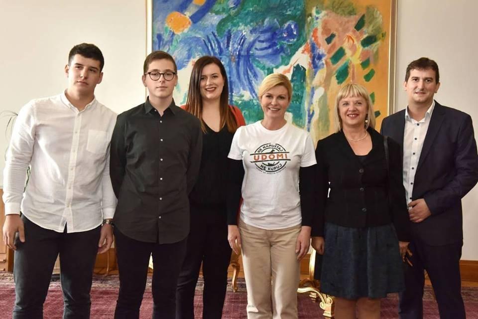Učenici požeške Gimnazije na prijemu kod predsjednice Kolinde Grabar-Kitarović