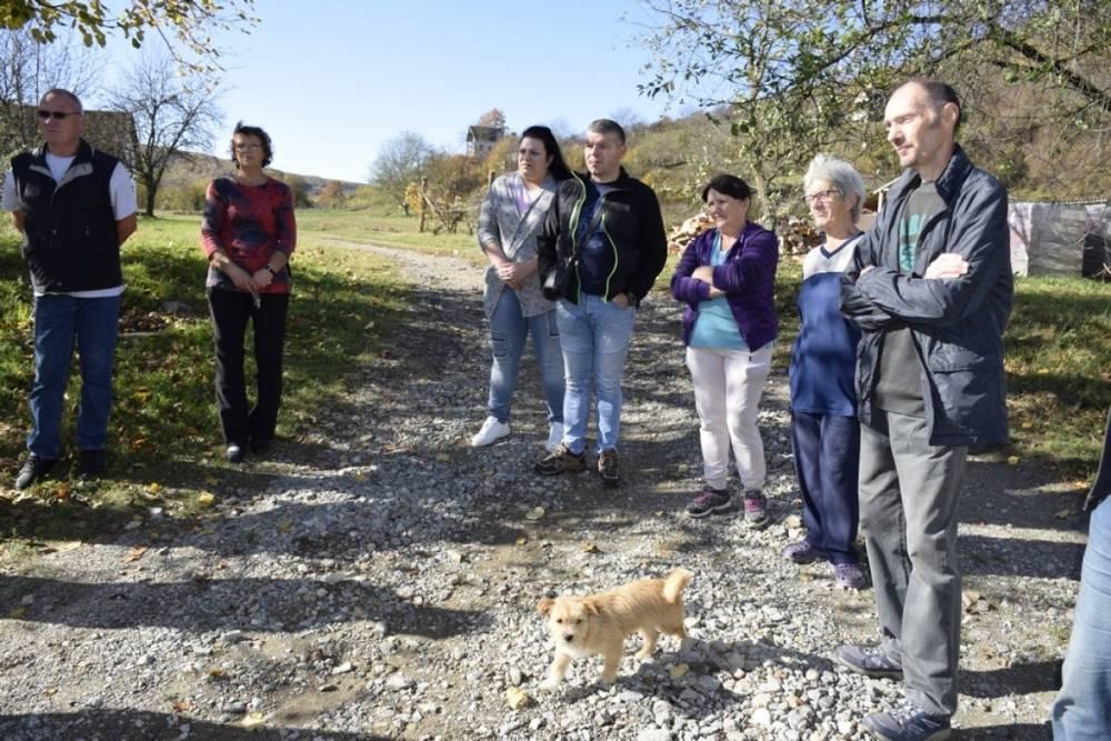 Gradonačelnik Puljašić obišao mještane Vinorodne ulice u Novom Selu