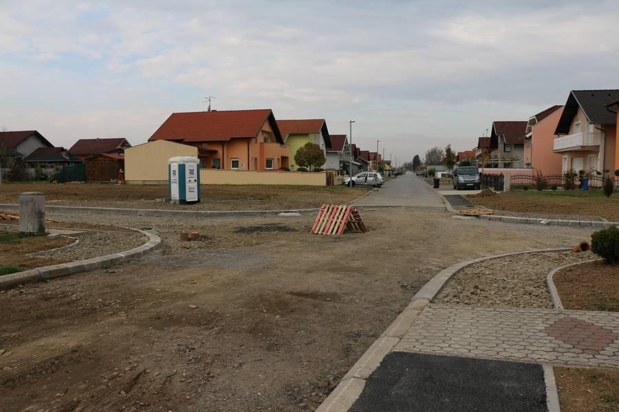 Radovi na izgradnji spojne ceste između ulica Vida Došena, Don Ive Prodana i Franje Maričevića
