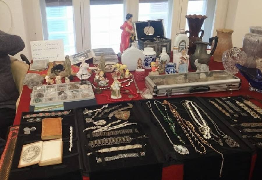 Sajam umjetnina, ručnih radova, antikviteta, kolekcionarstva, licitara, tradicijskih zanata...