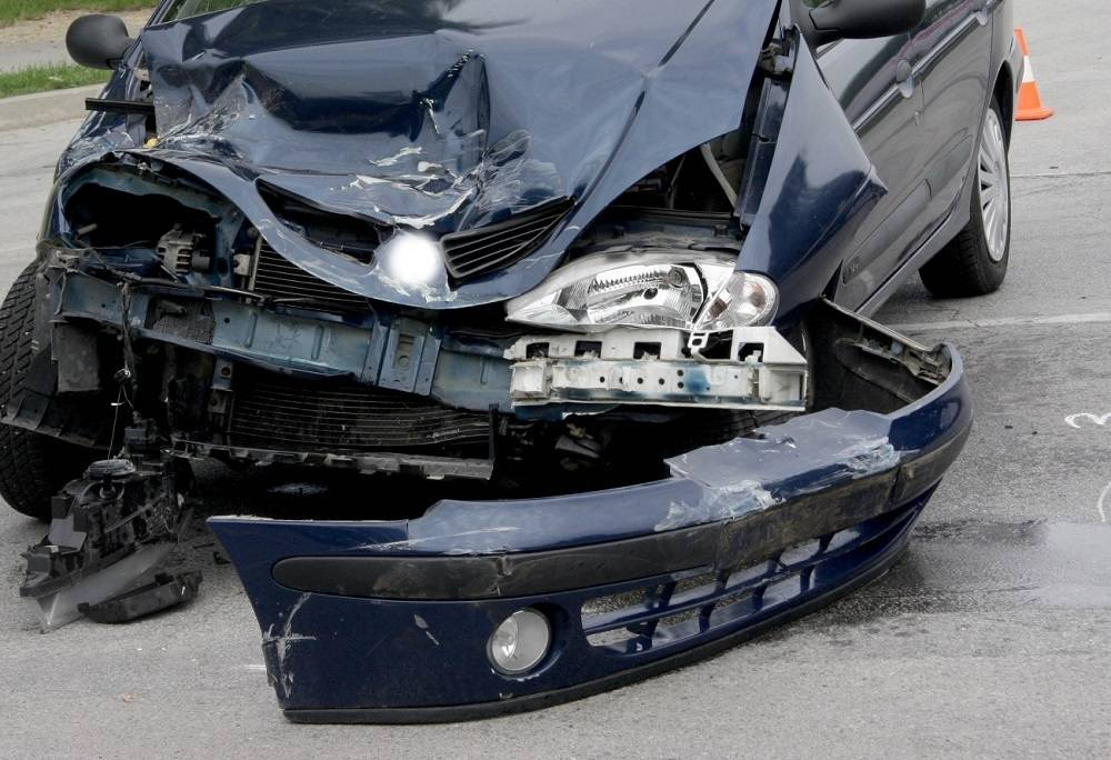 U teškoj prometnoj nesreći i prevrtanju vozila smrtno stradala 74-godišnjakinja iz Sibinja