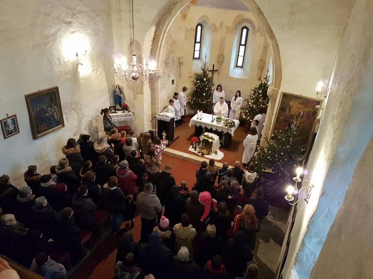 Božićno misno slavlje u Brodskom Drenovcu