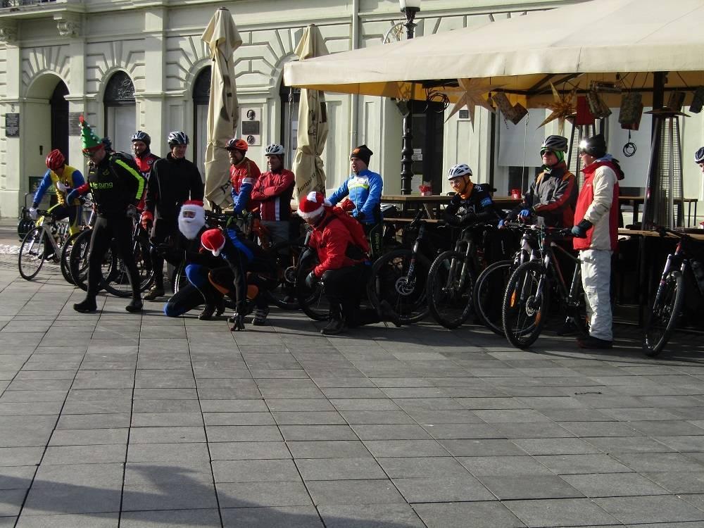 Božićno Bicikliranje by Festung