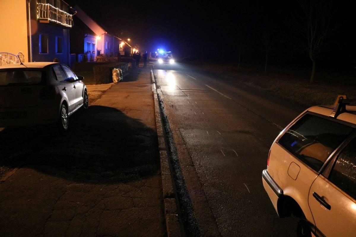 Nesvakidašnja prometna, u vožnji otpao kotač na automobilu te razbio parkirani automobil