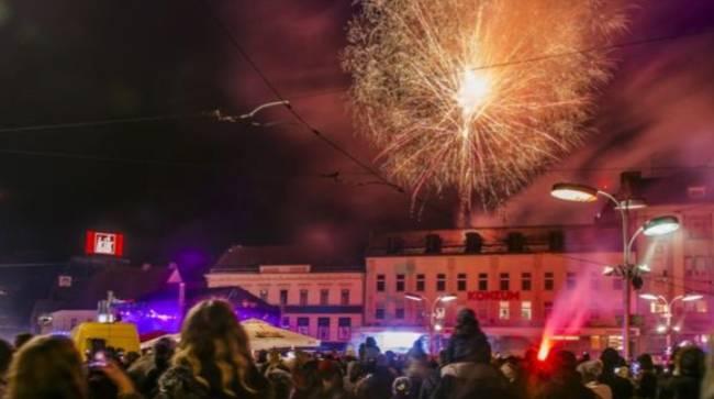 Hrvatska dolazak 2019. obilježila pjesmom, plesom i vatrometima