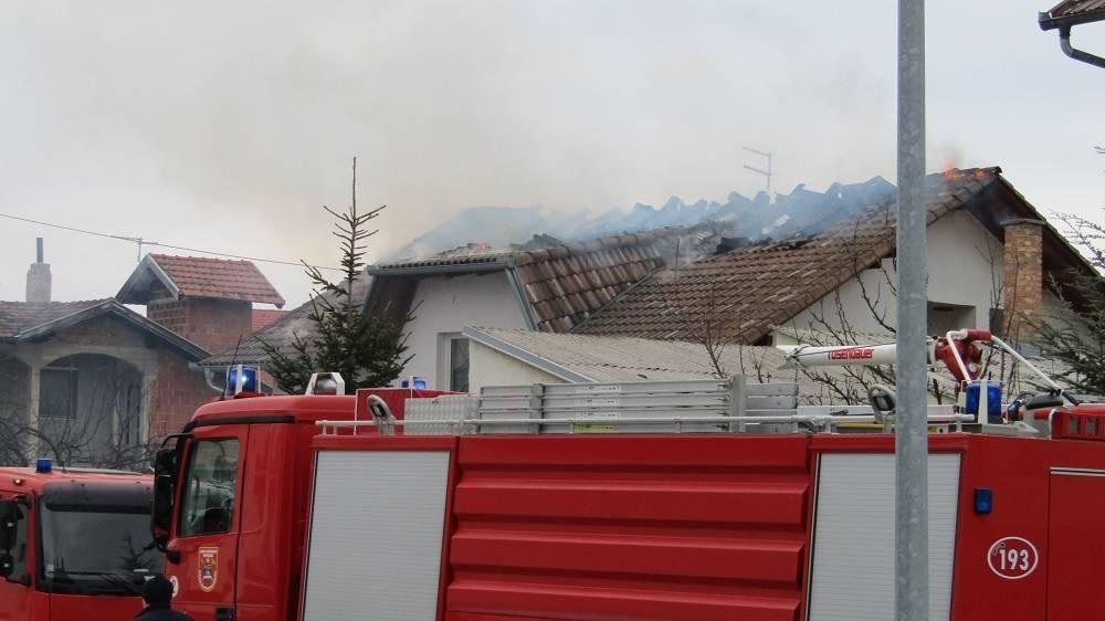 Požar u kući u Pavlovcima i zatečen pod utjecajem alkohola u Antunovcu
