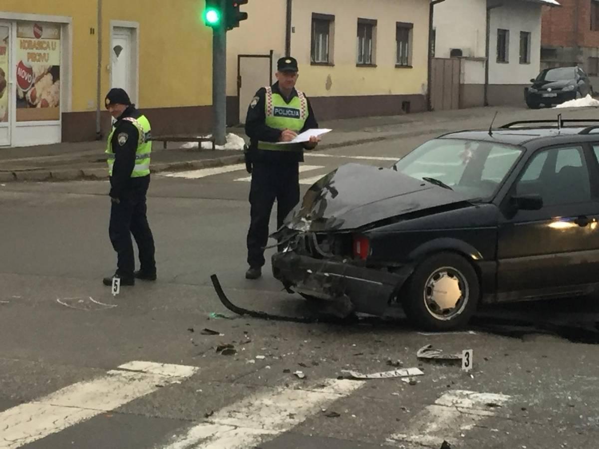 Jučer čak tri prometne nesreće, dvije zbog oduzimanja prednosti i jedna zbog brzine