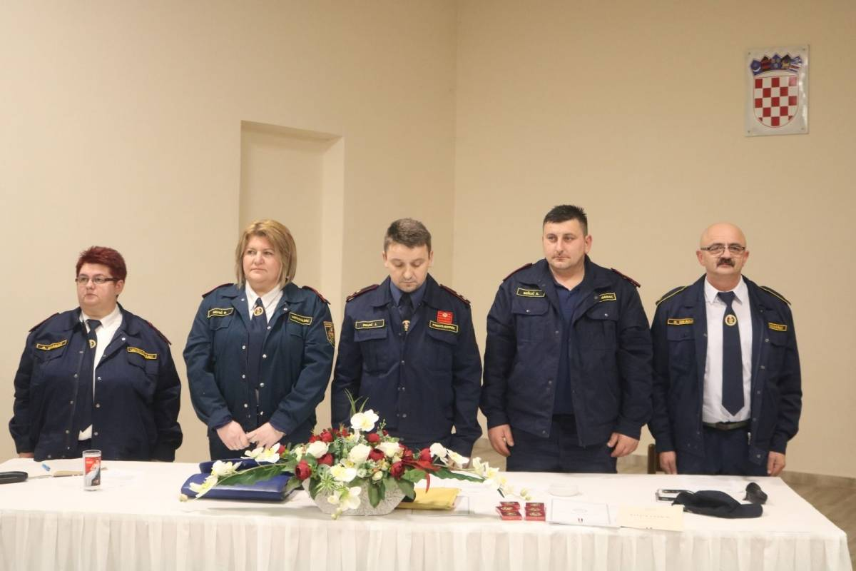 DVD Orljavac u prošloj godini bez protupožarnih intervencija, predsjedniku Paviću pohvale za predan rad