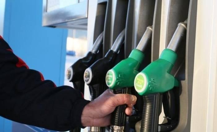 Cijene goriva ponovno pale, benzin znatno jeftiniji