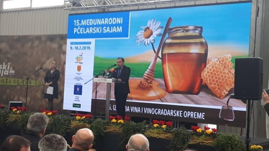 Otvoren je 15. Međunarodni pčelarski sajam u Gudovcu!