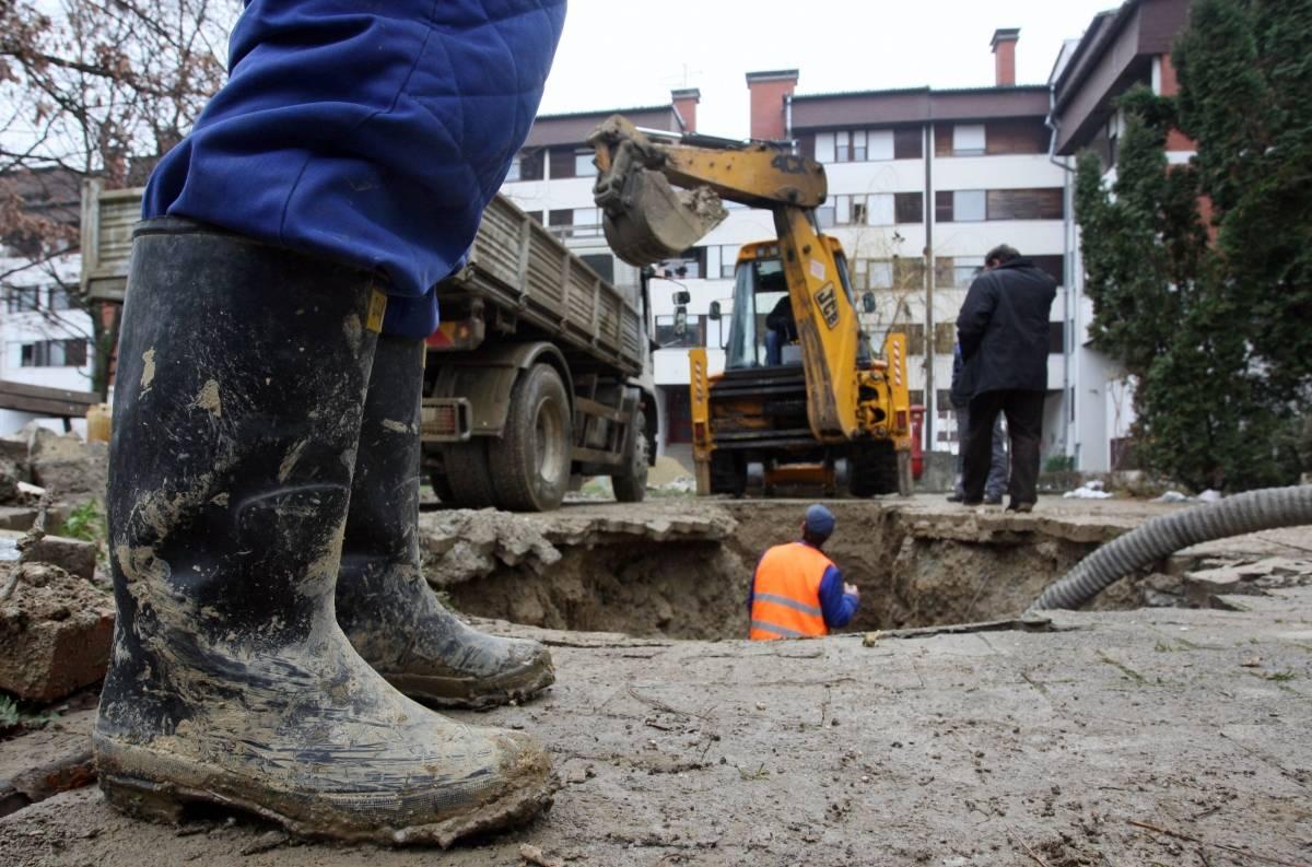 Zbog kvara na vodovodnoj mreži potrošači Zagrebačke ulice i Republike Hrvatske u Kutjevu bez vode