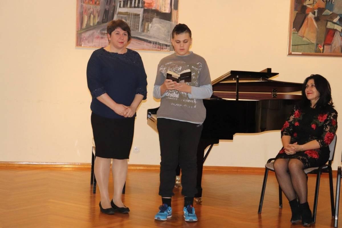 Publika uživala u stihovima ukrajinske lirike u Lipiku