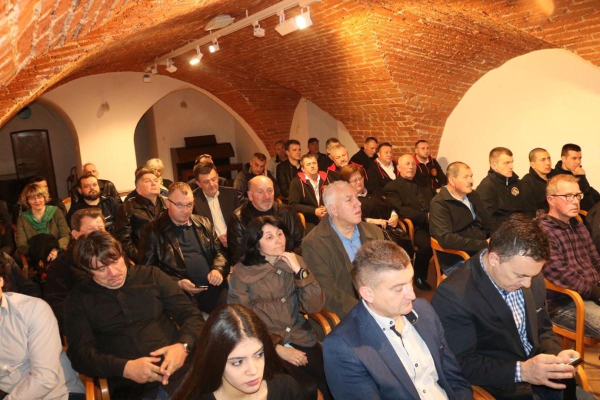 Održana javna tribina HPD Požežani povodom Grgureva 2019.