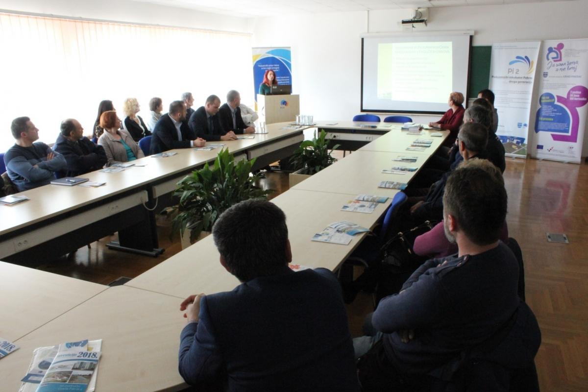 U Pakracu održana prezentacija poticajnih mjera zapošljavanja i razvoja poduzetništva