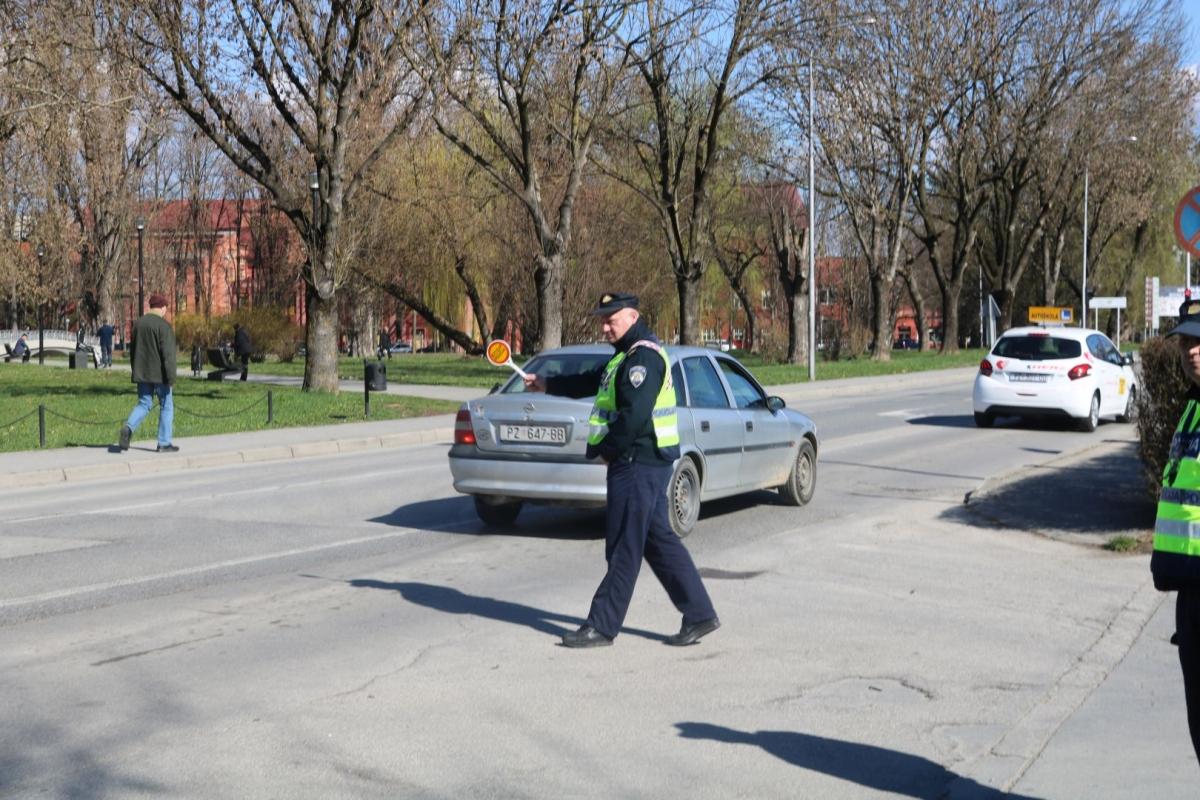 NAJAVA AKCIJE U PROMETU: Policija će tijekom vikenda nadzirati alkoholizirane vozače, brzinu, korištenje mobitela...