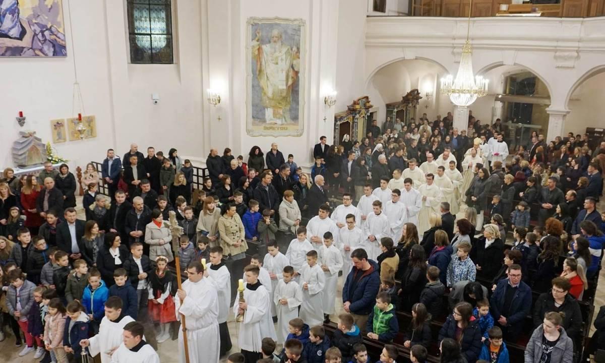 Proslavljena svetkovina zaštitnika Katoličke osnovne škole u Požegi