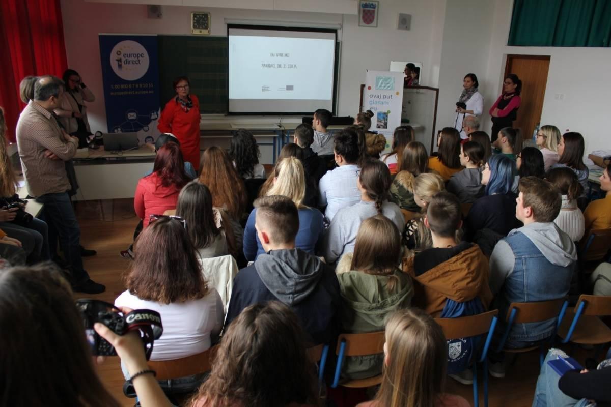 Predavanje EU&MI u Srednjoj školi Pakrac