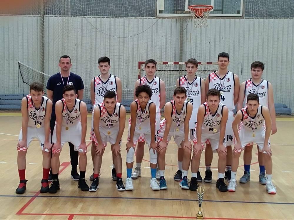 Dečki čestitamo, brodski košarkaši postali prvaci