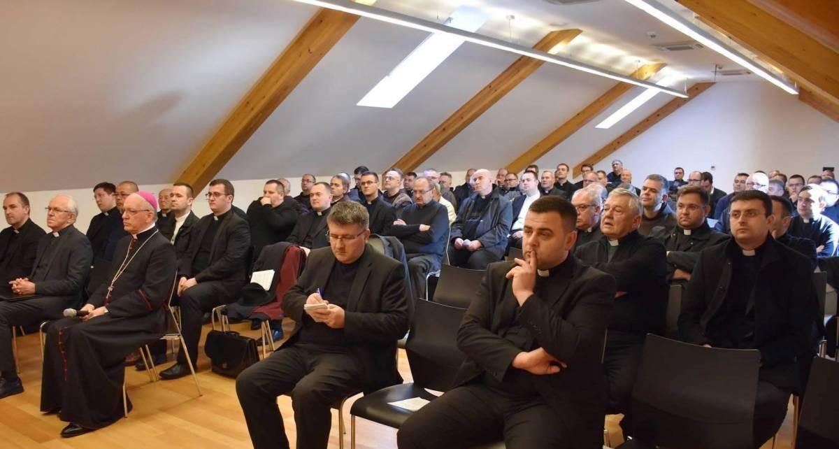 Korizmena duhovna obnova svećenika i đakona Požeške biskupije