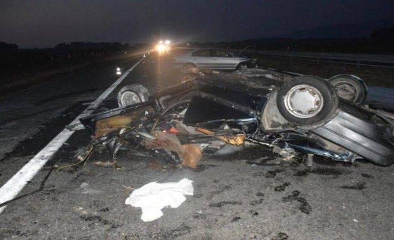 Teška prometna nesreća – dvije osobe poginule