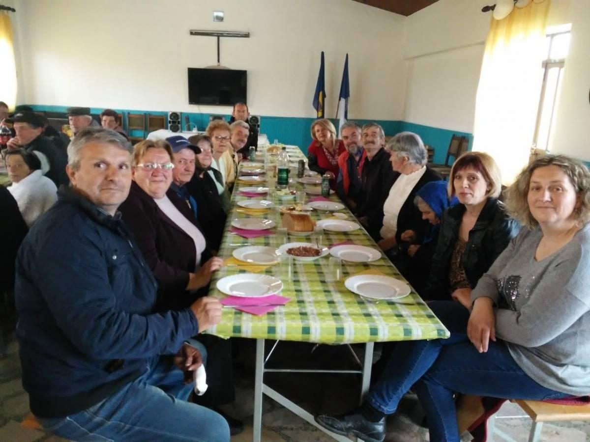 Centar za pomoć u kući ʺSnježanaʺ iz Čaglina organizirao domjenak za 40-ak svojih korisnika